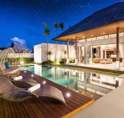 Luxury Hotel